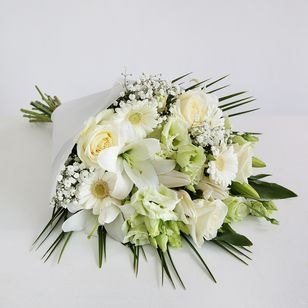 Funeral Flowers London UK Wreaths Tributes Sprays Posies